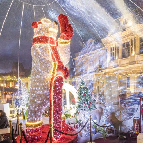 Village de bulles décoré avec une masterpiece Festilight